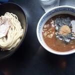 三田製麺所 - チャーシュー玉子つけ麺950円