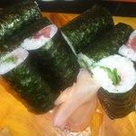 しん東 - 寿司ランチの巻き寿司