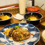 yamamotonohamba-gu - ランチ 今週のコンビハンバーグ 夏野菜のおひたし