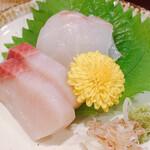 Ichihana - タイとハマチの刺身②