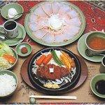 三田屋本店 中百舌鳥 - 料理写真:ヘレステーキ料理一式のイメージ図(ハムは4人前です)