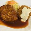ハンバーグ&洋食 ベア - 料理写真:ハンバーグ&カニクリームコロッケ 780円