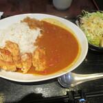 135307642 - 「揚げ鶏のカレーライス」(880円)
