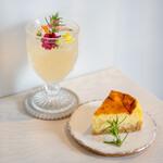 シモキタシマイ - 有機コーディアル レモングラス&ライム、チーズケーキ