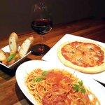 ばっかす - 料理写真:パスタ・ピザなどイタリアンベースの料理の数々