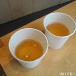 すすむ屋茶店 - 試飲