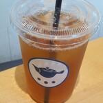 すすむ屋茶店 - アイスくきほうじ茶(L)