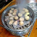 元祖 ほるもん道場 - 料理写真:炭火焼き、煙もくもく~❗