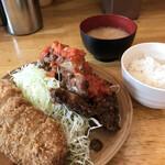 洋食工房パセリ - とんかつとチキンカツトマトソース
