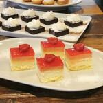 The LOAF Cafe - 苺ムースパッションフルーツクリーム