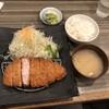 とんかつ どーんとこい - 料理写真:白宝豚ロース中定食@1,480円