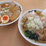 田村屋 - 料理写真:メンマラーメン大盛り、ねぎ多め