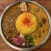 アララギ - 料理写真:「ひよこ豆入り豚キーマカリー」と「夏野菜のダル」の2種盛り ライス大盛