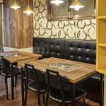 韓国風焼肉BBQ 暗証番号肉肉 - 【テーブル席】6名様 座席をくっつけて使用も可能です