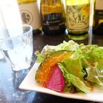 Steak&Wine Vabene - 2020年1月 ローストビーフストロガノフ丼にセットのサラダ