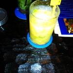 バーブルー ケイン - ノンアルコールのフルーツモヒート