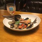 ULTRA FISH MARKET - 日替わり新鮮鮮魚のアクアパッツァ。                                 美味し。
