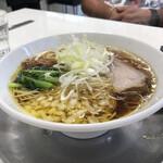 ラーメン専科 竹末食堂 - パパ  あっさり