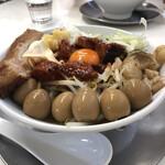 ラーメン専科 竹末食堂 - 日曜の夜限定 オクトパス悪魔のGまぜ麺
