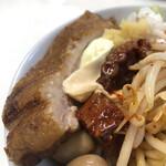 ラーメン専科 竹末食堂 - トロトロ豚ᒼᑋªⁿ♥︎と辛いタコ