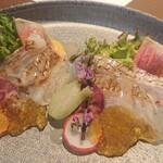 GRILL DINING 薪火 - 桜鯛の炙りタタキ風カルパッチョ