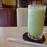 純喫茶マリーナ - メロンジュース