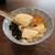 台湾嫩仙草専門店 黒工号 - 豆花1号(700円税込)。さつまいも芋圓、芋圓、タピオカ、ピーナツがトッピング。