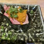富山総曲輪 肉寿司 - 和牛ウニとろ軍艦