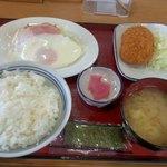 13539071 - 朝定食