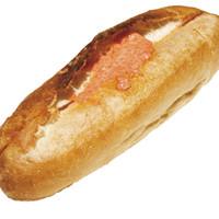 リヨン ソレイユ - 売り切れ続出の明太フランス(240円)老舗「ふくや」の明太子使用!ピリッとした辛さの明太子を、マヨネーズとバターでまろやかに。