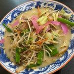 元祖ラーメン - 料理写真:「チャンポン」(830円)をいただきました。よーく炒められた具材が美味しすぎる!