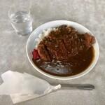 ドライプイン まこと - 料理写真:カツカレー 700円(税込み)