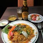 Halima kebab biryani - これで一人前なの? 本当は2~3人でシェアするようなものなのでは???