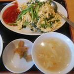 135413698 - ニラ玉定食