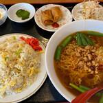 昇龍 - 料理写真:炒飯定食 1078円。