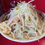 ラーメン二郎 - ラーメン600円 野菜ニンニク