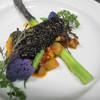 ラ メゾン グルマンディーズ - 料理写真:黒ゴマで包んだ鹿児島産ブリのロースト