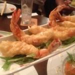 DINING&BAR Sofa - 海老のフリッター