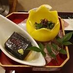 日本料理 浜夕 - 料理写真:小鉢二種 2019年8月