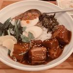 Taiwantami - 魯肉飯