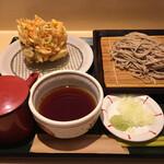 国産二八蕎麦 蕎香 - 野菜のかき揚げ蕎麦