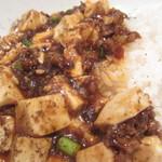 チャイナバル BIGUP! - 花椒がたっぷり利いてます にんにくの芽がシャキッと美味しいです