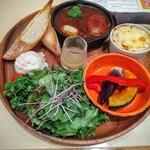 youshokukicchinshato- - 選べるランチプレート!洋食かき集め!彩りとバランス良いですね。