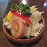西洋料理店 エスコフィエ - サラダ