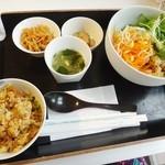 13547094 - 冷し寒天豆乳ジャージャー麺セット(全景)