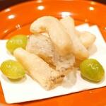 味享 - 千葉県房州産のアワビのかりんとう揚げと熊本産の新銀杏