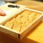 味享 - 福岡県相島の赤雲丹