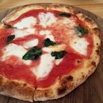 ピザハウス ツクルヨ - 料理写真:マルゲリータ