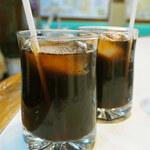白泉堂 - ドリンクは2人ともアイスコーヒー。 すっきりと飲みやすいコーヒーでした。