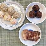 シウマイのタチバナ - 肉シュウマイx3、海老シュウマイx3、甘酢肉団子x3、肩ロース焼豚100g